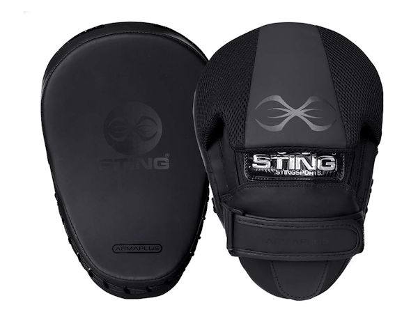 Sting Boxing Armaplus Lightweight Focus Pads Mitts Matt Black